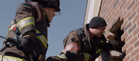 Chicago-Fire-4x17-a